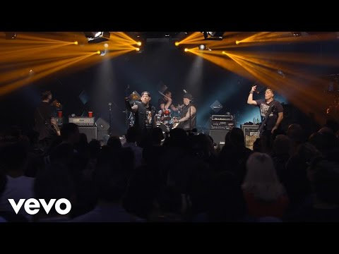 Good Charlotte - The Young and The Hopeless (Live on the Honda Stage at the iHeartRadio Theater NY)
