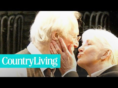 The Secret to Paul Newman and Joanne Woodward's 50Year Marriage  Country Living