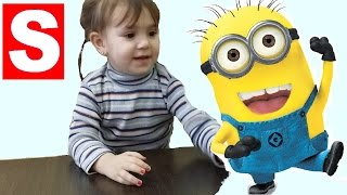 Phone Minion for kids and Kinder Surprise 2016 | Videos For Kids(Phone Minion for kids and Kinder Surprise 2016. Videos For Kids Unboxing and review toys for kids funny phone toy Minion . Miss Saya is played with a new toy ..., 2016-01-25T16:03:58.000Z)