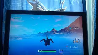 so i tried becoming Godzilla in Fortnite and this happend(Glitch)