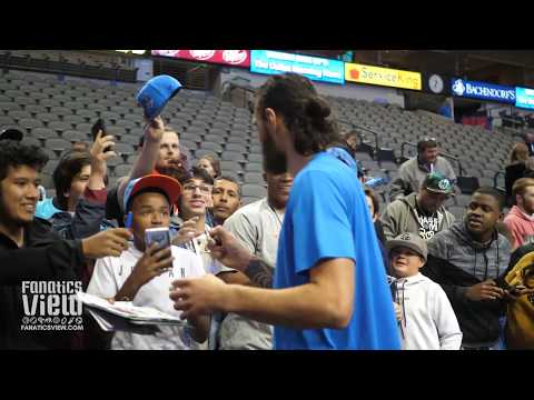 Steven Adams takes Selfies & Signs Autographs + Makes Young Fans Day