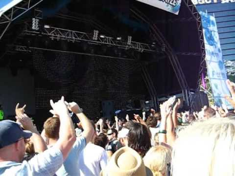 Summadayze 2009 Perth - Armin van Buuren - John Askew - Nothing Left Between Us (Duderstadt Progressive Dub)