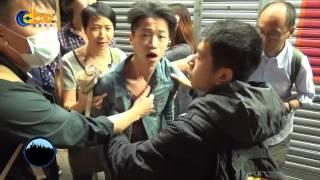 backup 141126 香港警察於旺角武力驅趕 毆打遊客和路人