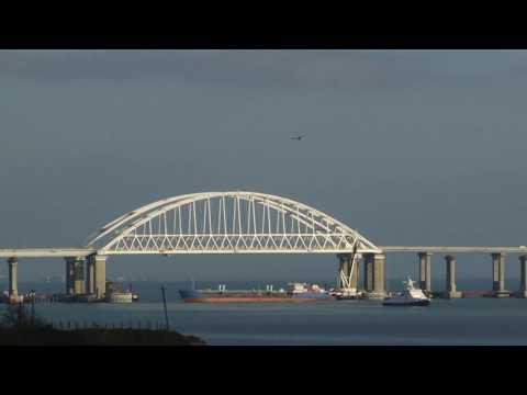 Cargo ship blocks Kerch Strait as Ukrainian Navy breaches Russian border