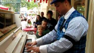 Alan Thompson Jr ./ Peacherine and Maple Leaf Rag / Disneyland June 2010