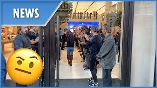 Apple staff's sales ritual at iPhone XS launch (London)