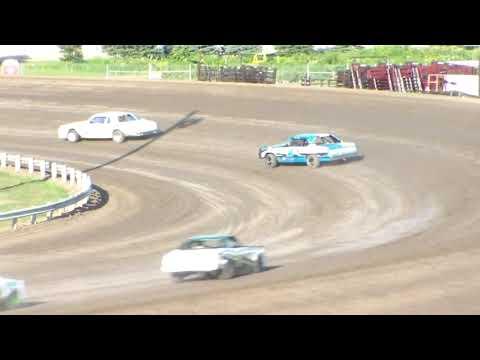 Dacotah Speedway Hobby Stock Heats (8/11/17)