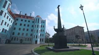 Смотреть видео Президент России Владимир Путин посетил новое здание Нахимовки в Санкт-Петербурге онлайн