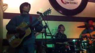 Mua Bán đàn guitar ở Cầu Giấy (12-1-14)