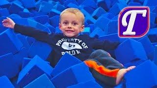 спортивная гимнастика и маленький гимнаст максим ч 2 игры в зале прыжки для детей entertainment