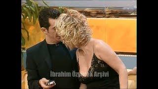 Seda Sayan, Okan Bayülgene mi Beyaza mı yakınlaşacağını şaşırıyor) Zaga Beyaz Show Yılbaşı