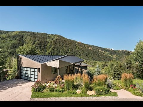 Contemporary House with Sweeping Mountain Views in Aspen, Colorado | Sotheby