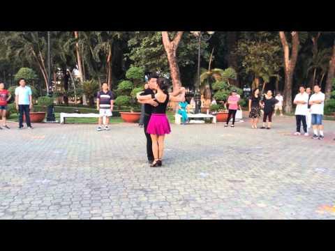Tango căn bản- CLB Khiêu vũ dưỡng sinh Nhịp sống vui