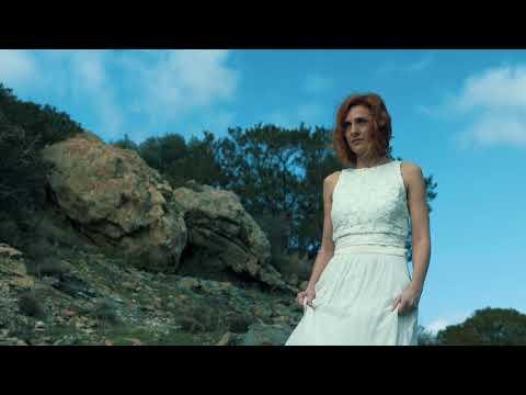 Elegant meets Organic by the sea-Bridal Styled Shoot Greece