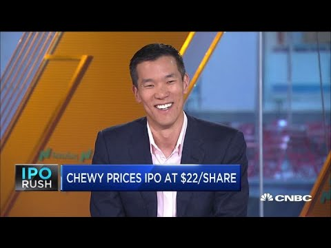 Former Chewy Board Member Explains The Company's Advantage Over Amazon