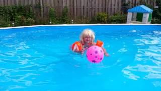 Repeat youtube video abdl adult baby girl diaper lover baden im pool bei windelmami tina
