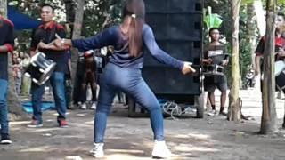 Video Om nirwana Lilir Dangdut jamaica brsma Dancer Hot Geboy download MP3, 3GP, MP4, WEBM, AVI, FLV Oktober 2017