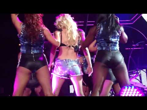 Britney Spears - The Femme Fatale Tour - I'm A Slave 4 U