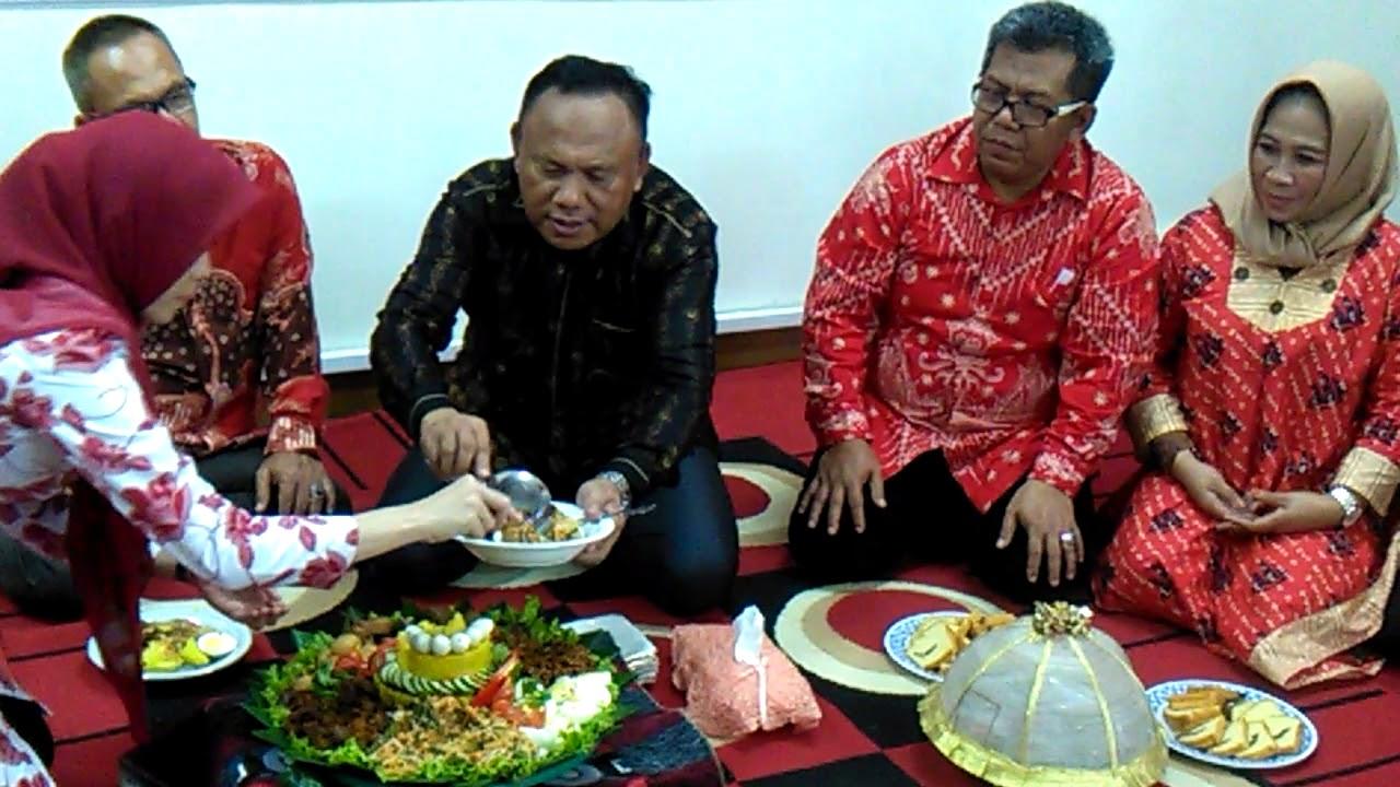 PT. Bhinneka Life Indonesia - YouTube