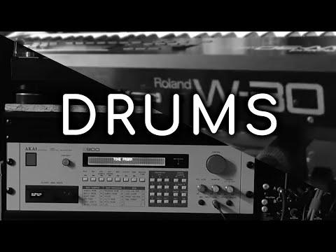 "[Drums] 12-bit samplers: Akai S900 and Roland W-30 quick ""lo-fi"" comparison"