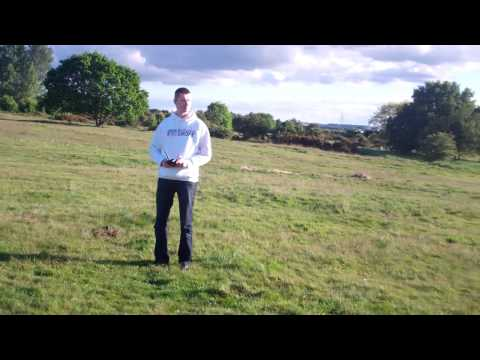 SYMA x5sw drone quadcopter  first flight after some training in home