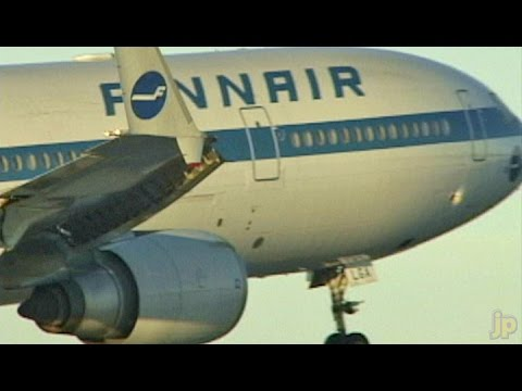 Great Winter Action FINNAIR MD11 at Helsinki (1999)