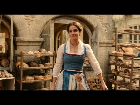 "Emma Watson Singing ""Belle"" - Beauty and the Beast Full Scene (2017)"