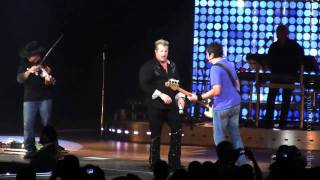 Rascal Flatts Bob That Head Live in Portland, OR (Unstoppable Tour) [HD]