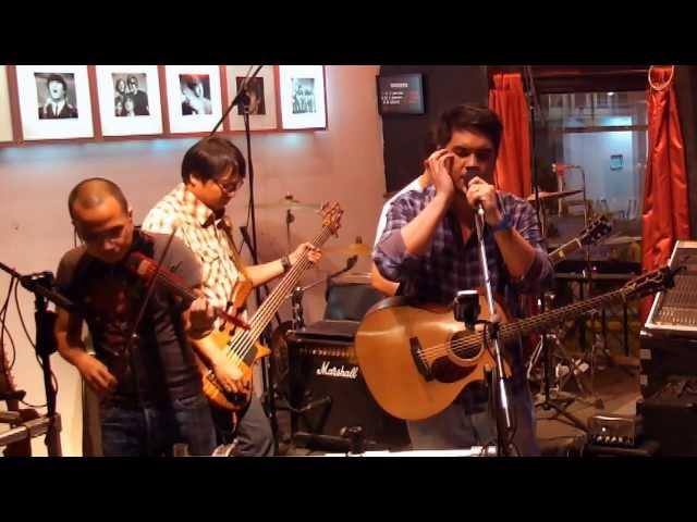 Angels Or Devils  [Live at Actors The Jam Bar, SG] - Benjie Remorin