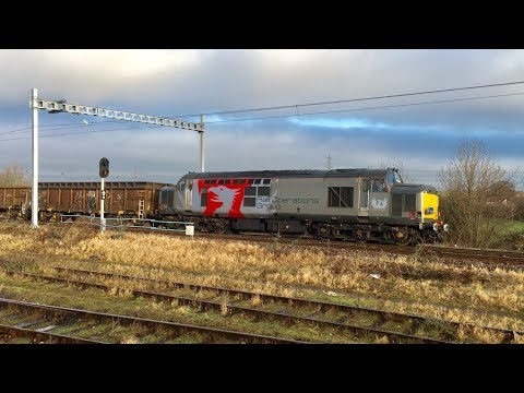 Rail Operations Group Class 37 hauled freight train passing Didcot Parkway