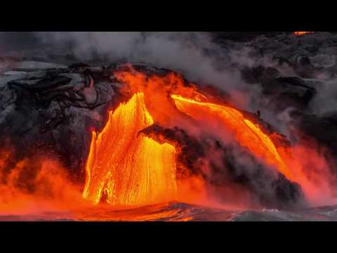 KILAUEA LAVA FLOW TO THE OCEAN HAWAII VOLCANOES NATIONAL PARK 4K UHD