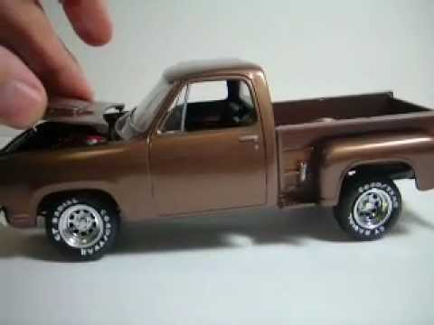 AMT 1978 Dodge Pickup Truck (Lil Red Express) - YouTube