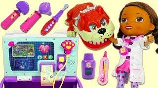 Disney Jr Doc McStuffins Takes Treats Toy Bulldog at the Pet Clinic Toy Hospital!