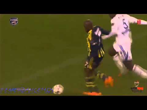 Fenerbahçe - Fighting For His Team - Moussa Sow - Dirk Kuyt - HD