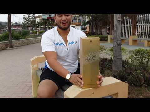 Unboxing Johnnie Walker Gold Label Reserve in Montañita Beach