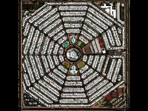 02-Modest Mouse -Lampshades On Fire - (ALBUM Strangers To Ourselves 2015)