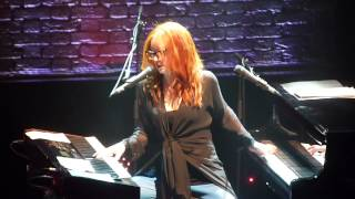 Tori Amos, Paris, 17th May, 2014 : Apollo