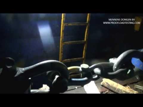 Break Load Test on a 25 ton shackle