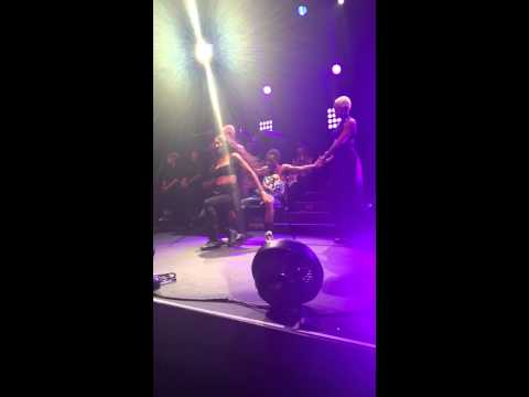Ciara Jackie Tour Lap Dance - I Run It (LA Club Nokia)
