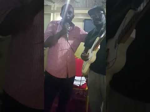 Wimbo wa sikinde nawashukuru wazazi