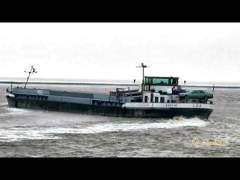 Inland waterway vessel Binnenschiff MS LEA DC2769 MMSI 211458160 Emden Germany