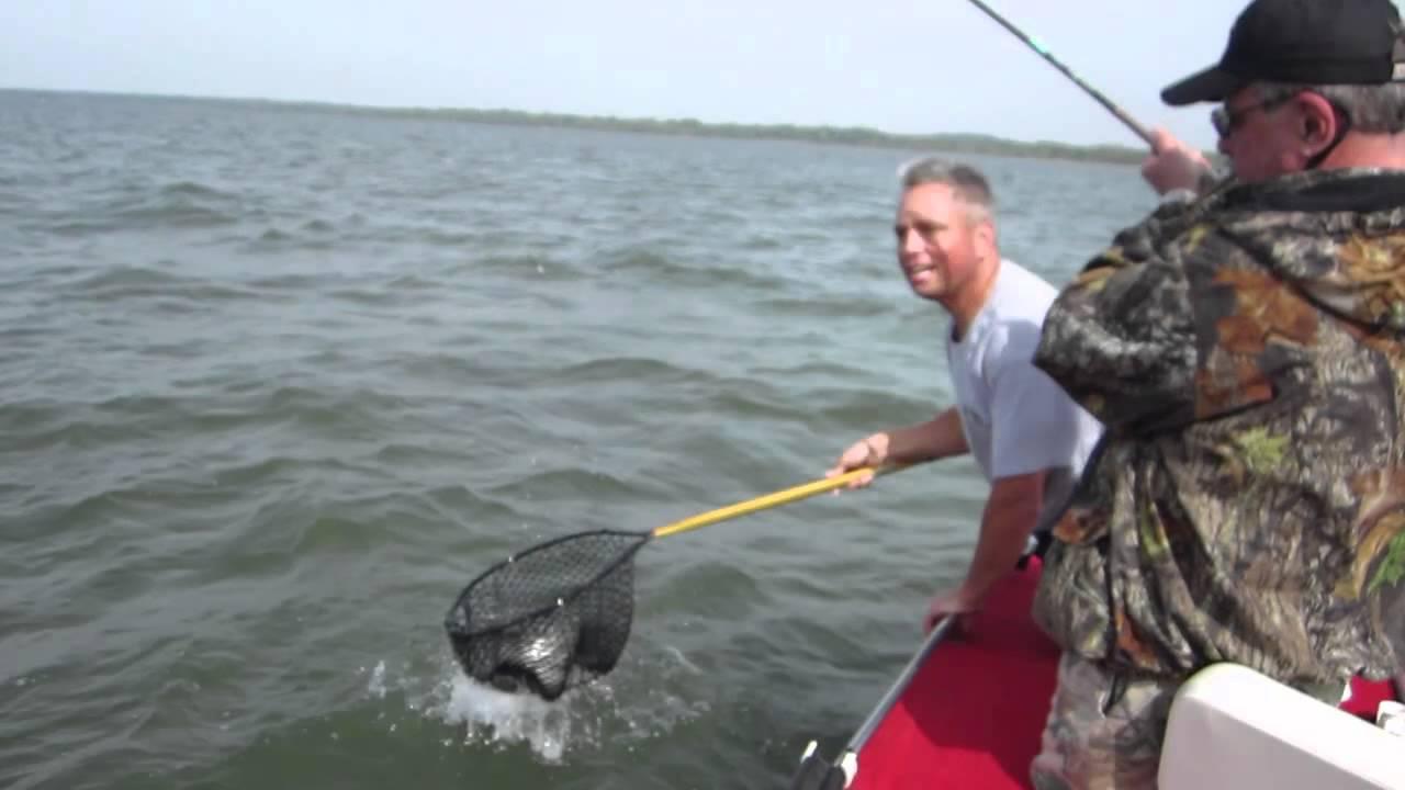 Fishing texoma youtube for Texoma fishing license