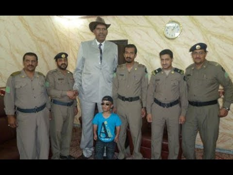 longest man in the world 2017 II Tallest Man In The World - YouTube