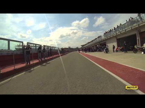 Agostini e Cadalora in sella a Yamaha M1 e YZR 500 a Imola