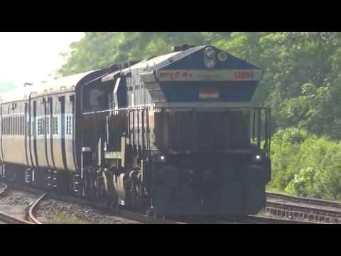 [IRFCA] 15625 Deoghar-Agartala Weekly Express behind UDL WDG4 arriving at Ghograpar