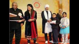 Repeat youtube video Do Din Ke Jindgi Main Miljul Kai Raho | Nirankari Songs |Sant Nirankari Mission