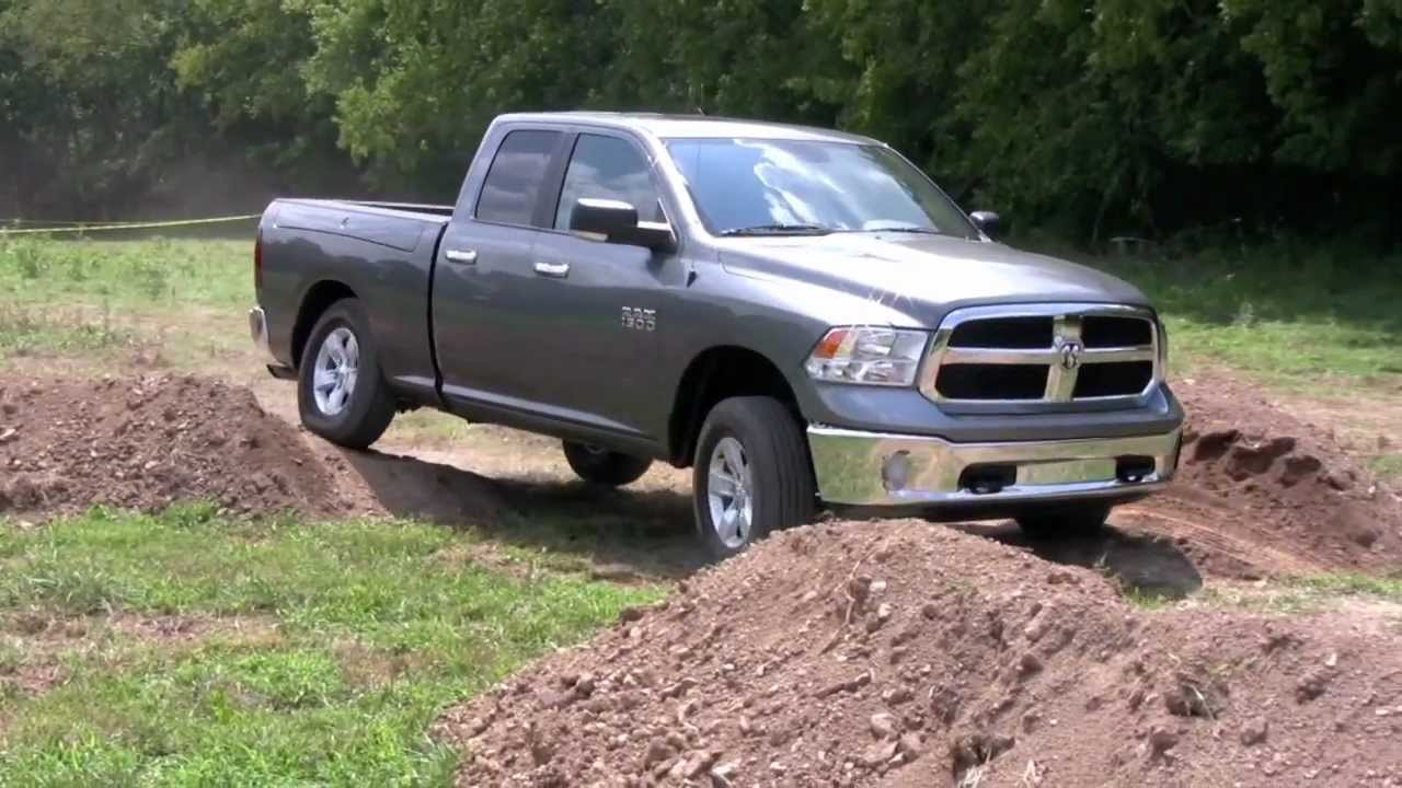 2013 ram 1500 media drive off road youtube. Black Bedroom Furniture Sets. Home Design Ideas