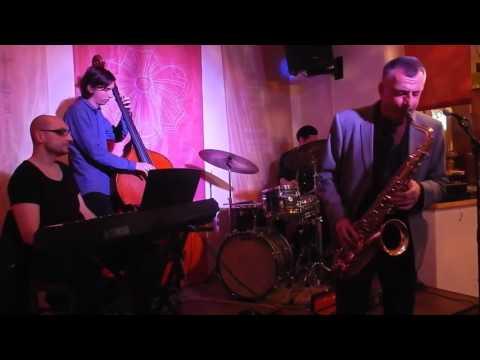 Gáspár Károly Trió feat. Dresch Mihály: On Green Dolphin Street - Footprints