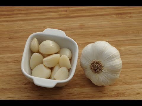 How to use garlic for foot fungus