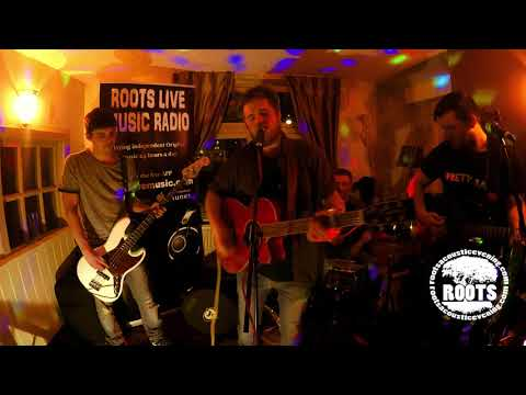 Pretty Babs playing live the Wellington Inn Nottingham music   roots live music Video